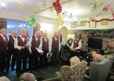 Wyndham Arms Singers December 2014